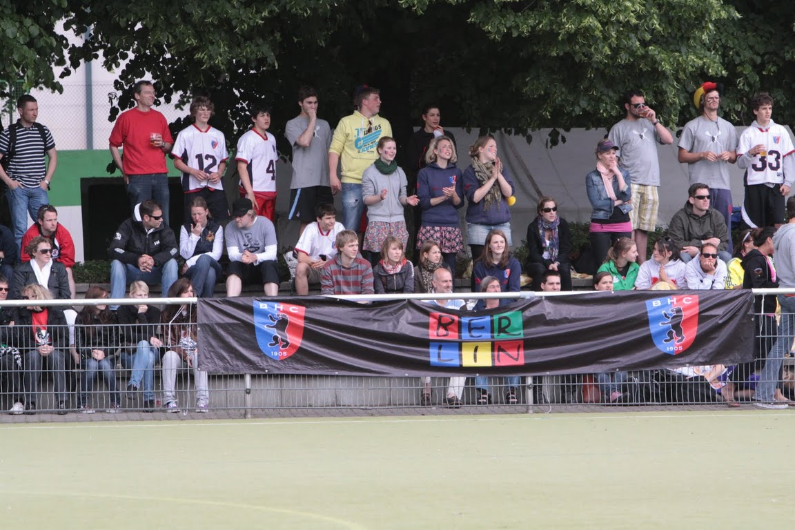 fans at a german lacrosse game