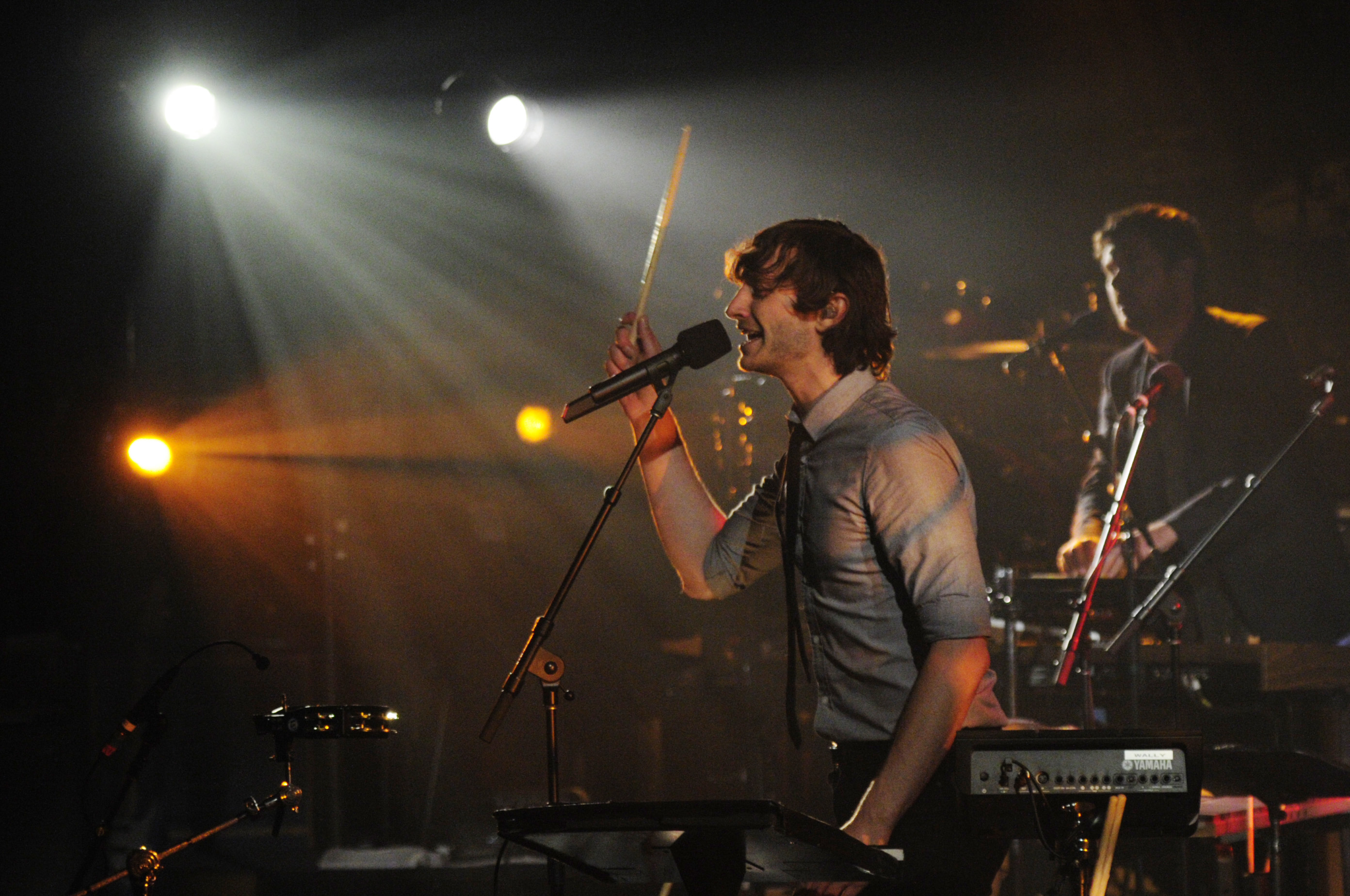 gotye drums Gotye Mesmerizes Live On Letterman Audience With Powerful Set