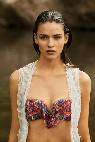 Zimmermann's Summer 2013/14 Swim Campaign is An Ode to Aussie Summers