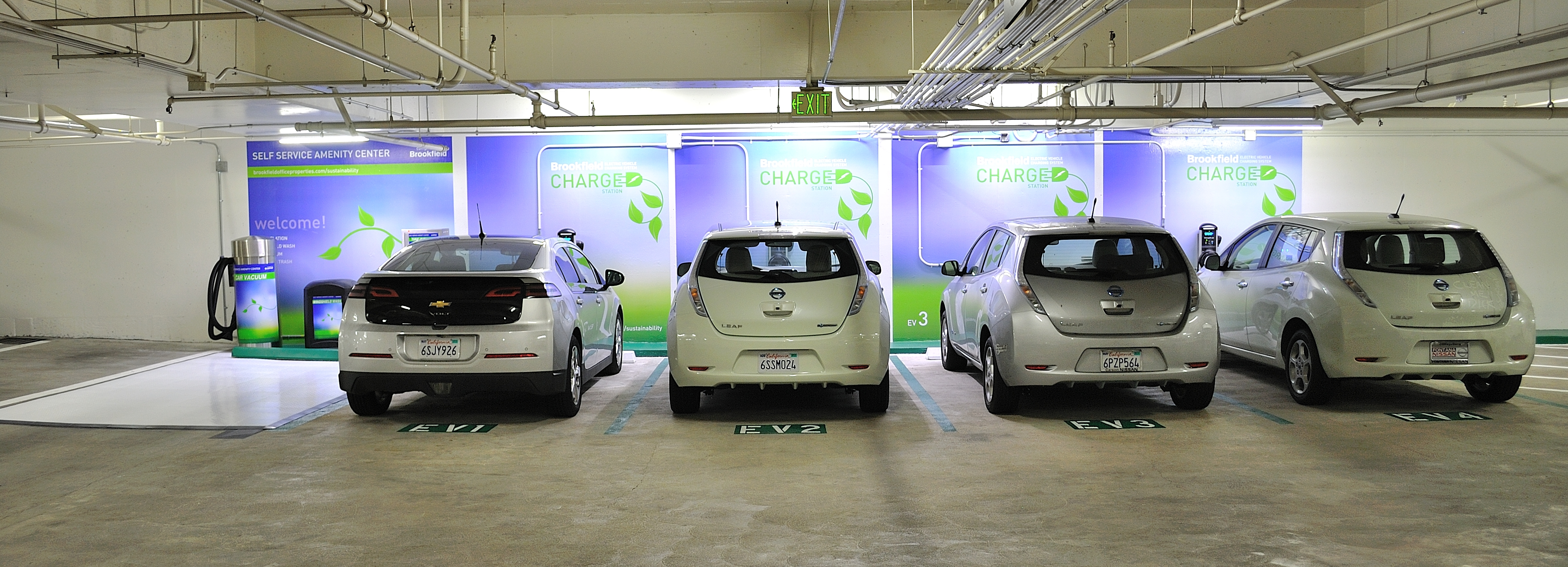 Bank of American charging station for electric vehicles